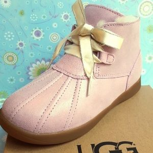 UGG boots Pink!